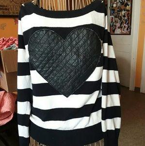 ♡TORRID - sweater♡